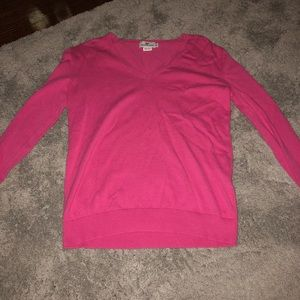 beautiful vineyard vines sweater